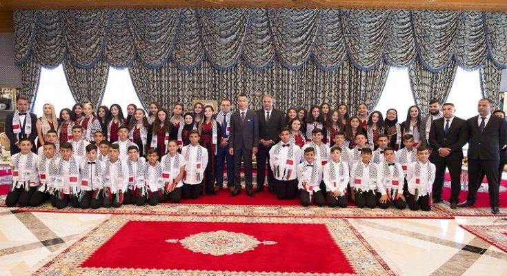 le Prince Moulay El Hassan a reçu à Rabat, les enfants d'Al Qods participant à la 12è édition des colonies de vacances