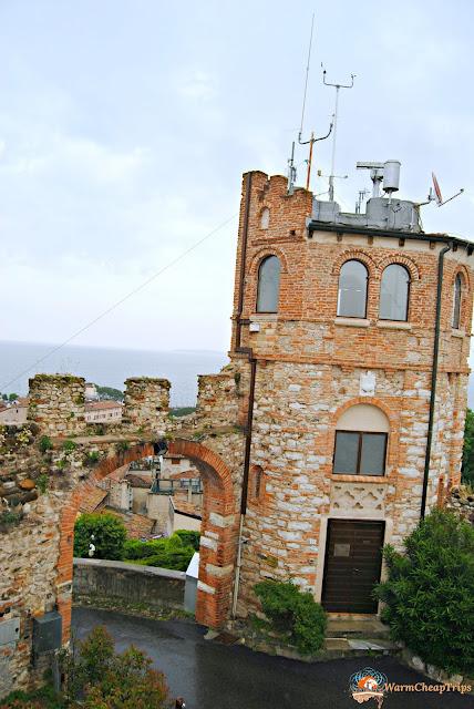 castello di desenzano, castelli garda, desenzano, cosa vedere a desenzano, Weekend sul Lago di Garda. lago di garda, garda, cosa vedere a brescia, cosa vedere sul garda, amazingbrescia