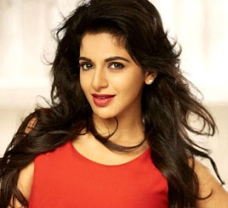 Iswarya Menon Actress Family Husband Parents children's Marriage Photos