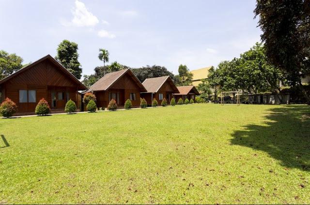 rumah kayu pavo resort sentul