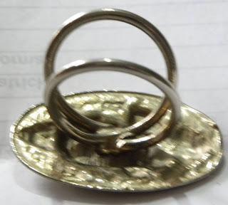 Egyptian scarf clip mechanism