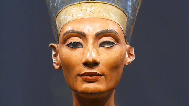 Egypt renews demands to retrieve Nefertiti bust from Germany