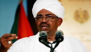 اعتقال الرئيس السوداني عمر البشير والجيش يسيطر على البلاد