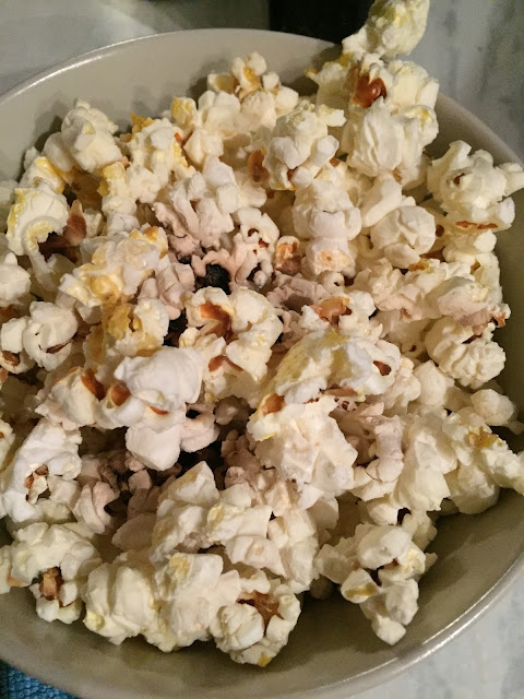 unseasoned popcorn straight from microwave, made with no fat