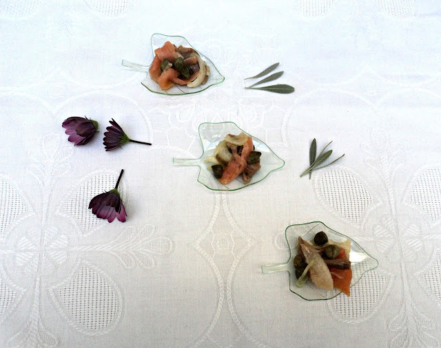 cucharillas-ahumados-alcaparras-aperitivo