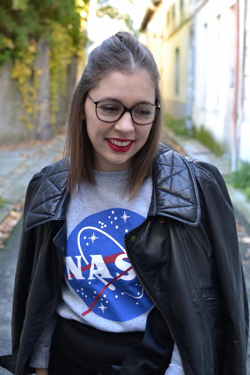 perfecto Isabel Marant, sweat NASA sammydress, jupe noire & other stories