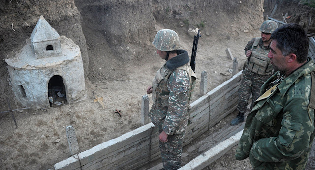 Azerbaiyán bombardea pueblo de Armenia