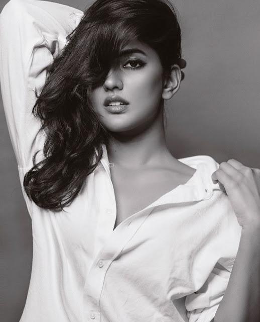 Eesha Rebba Awesome Looks