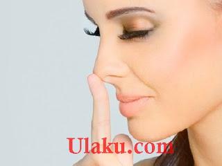 Cara menghilangkan komedo hitam, putih, dan jerawat di hidung yang membandel secara alami dan permanen.