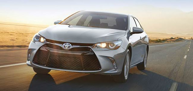 2017 Toyota Camry Hybrid Changes