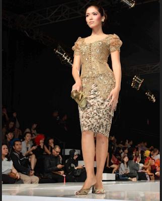 model gaun kebaya sederhana namun elegan