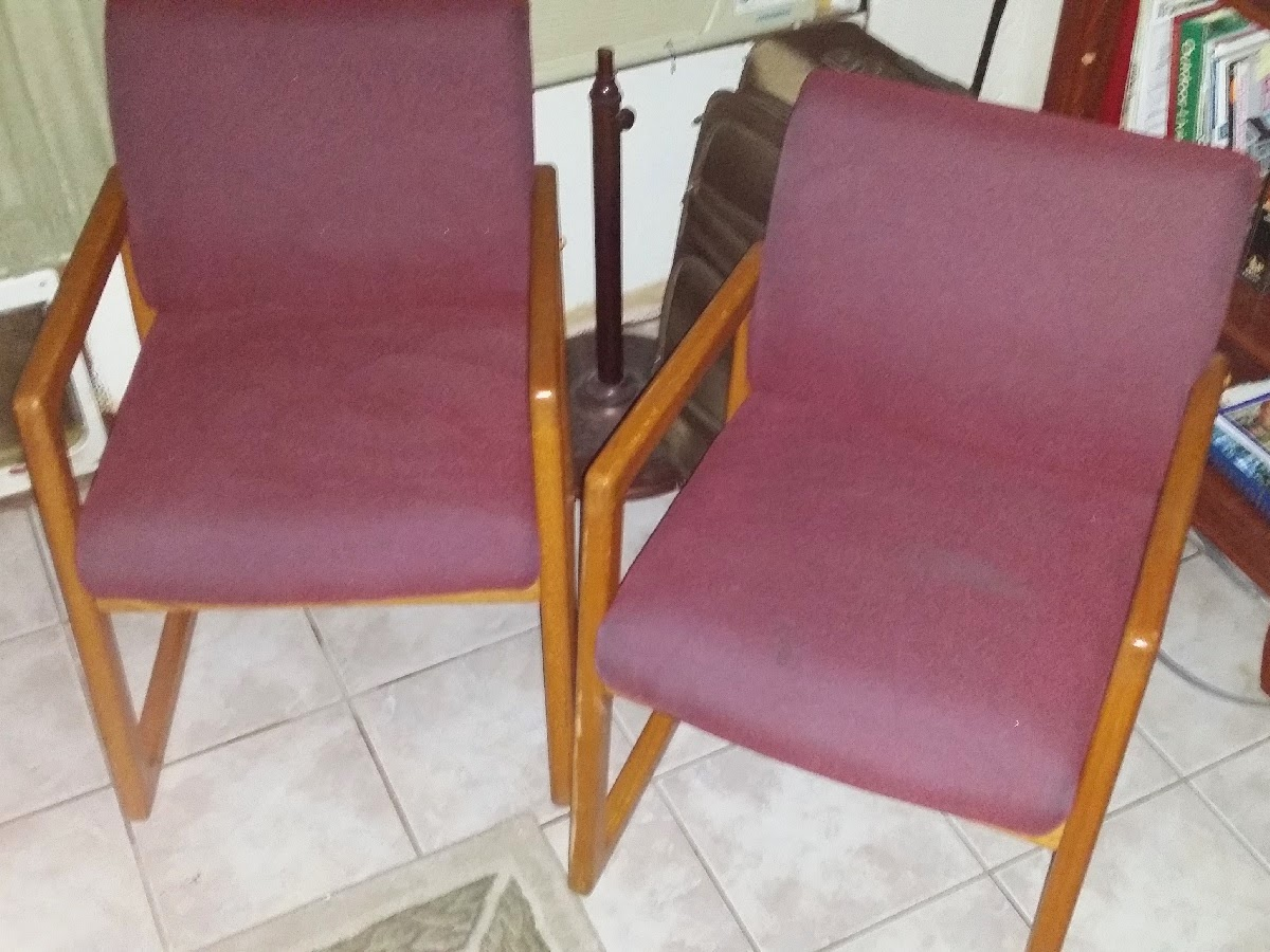 2 Nice Guest Office Chairs Oklahoma City Craigslist Garage S
