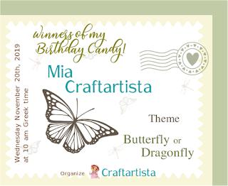Libélula-y-mariposa-en-porcelana-fría