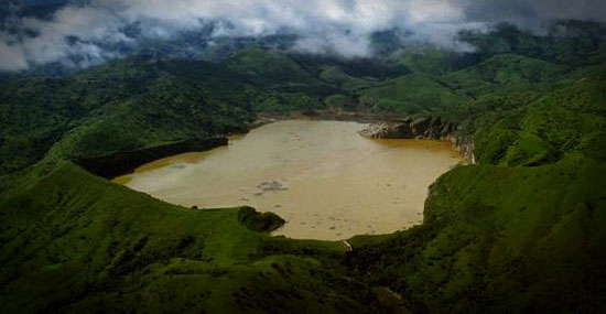 A bizarra história do Lago Assassino que matou quase 1800 pessoas
