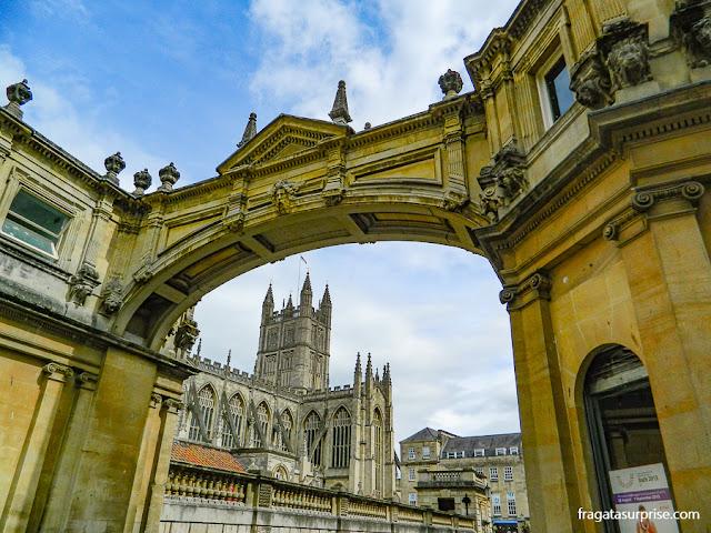 Bath, Inglaterra: Abadia medieval e Arco de York Street