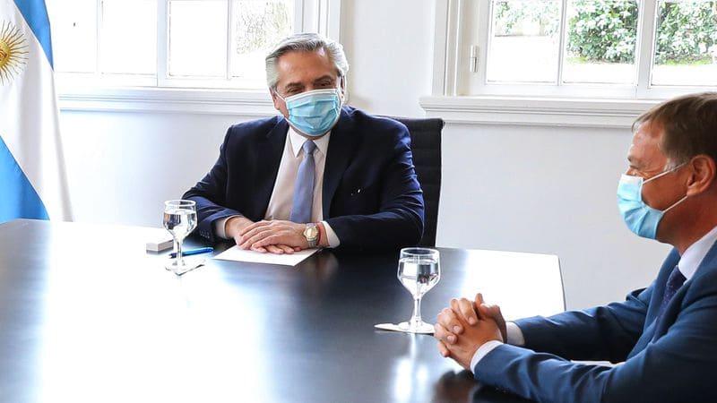 El Presidente recibe al gobernador de Mendoza para firmar un convenio de asistencia financiera