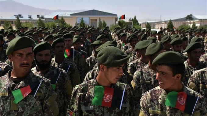 Youth gathered to join Afghan army