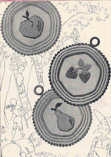 Crochet Strawberry Potholder Pattern
