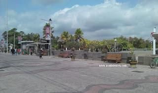 City Walk di Makam Bung Karno, Blitar