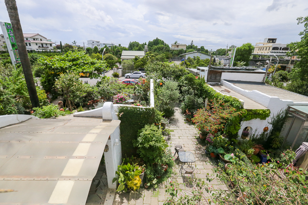 彰化田尾綠海咖啡地中海景觀庭園餐廳,白色城堡滿滿園藝植栽