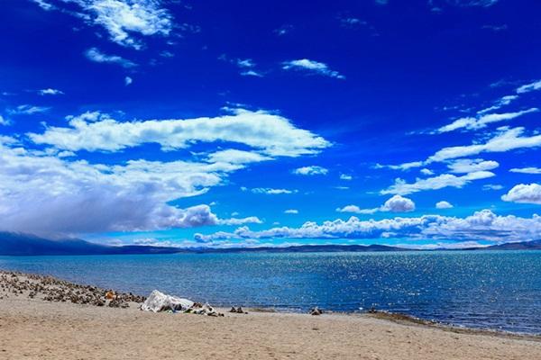 ทะเลสาบมานาซาโรวาร์ (Lake Manasarovar: མ་ཕམ་གཡུ་མཚོ།) @ www.chinadragontours.com
