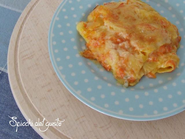 Lasagna con zucca e gorgonzola realizzata con Multicooker Redmond
