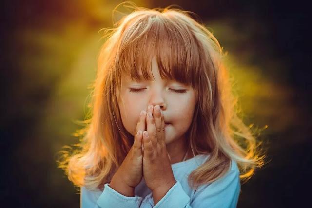 Господи, дай здоровья моей семье и близким. Помоги и убереги. Аминь!