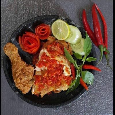 Resep Ayam Geprek Crispy Sambal Bawang Merah Lezat