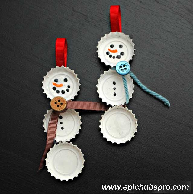 Looking for an easy decoration to make for Christmas? Decorate your home with DIY homemade snowman Christmas tree ornaments, This one is really easy DIY Christmas ornament ideas.