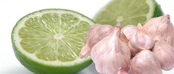 Estudo: Água com limão e alho reduz os níveis de colesterol ruim e pressão arterial