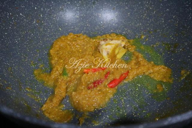 Gulai Ikan Bawal Versi Indonesia