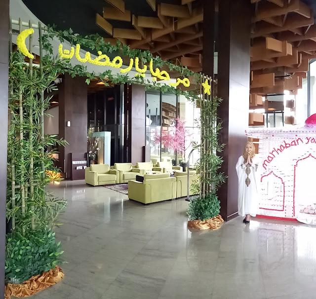 Dekorasi Ramadhan Pintu Depan di Hotel
