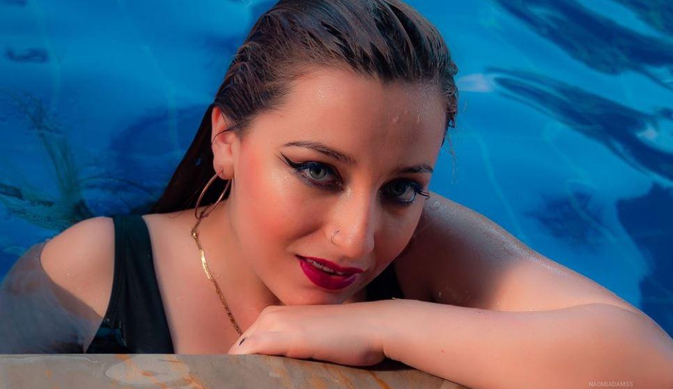 NaomiAdamss Model GlamourCams