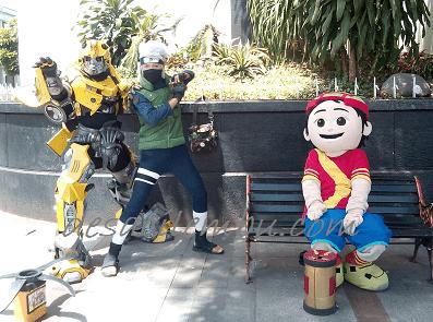 3 Karakter Kartun di Gedung Merdeka Bandung