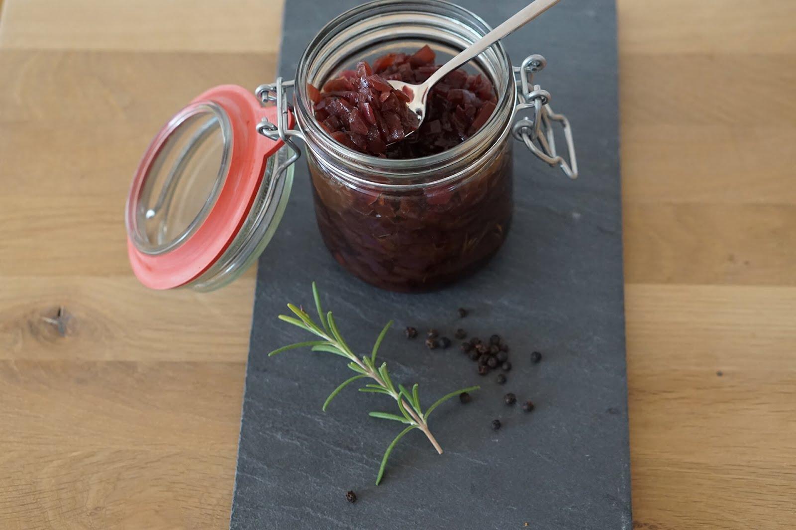 Red Onion Jam - Marmelade aus roten Zwiebeln