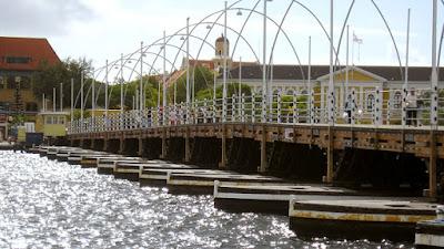 Tioman2014 por Pixabay - Matéria Willemstad - BLOG LUGARES DE MEMÓRIA