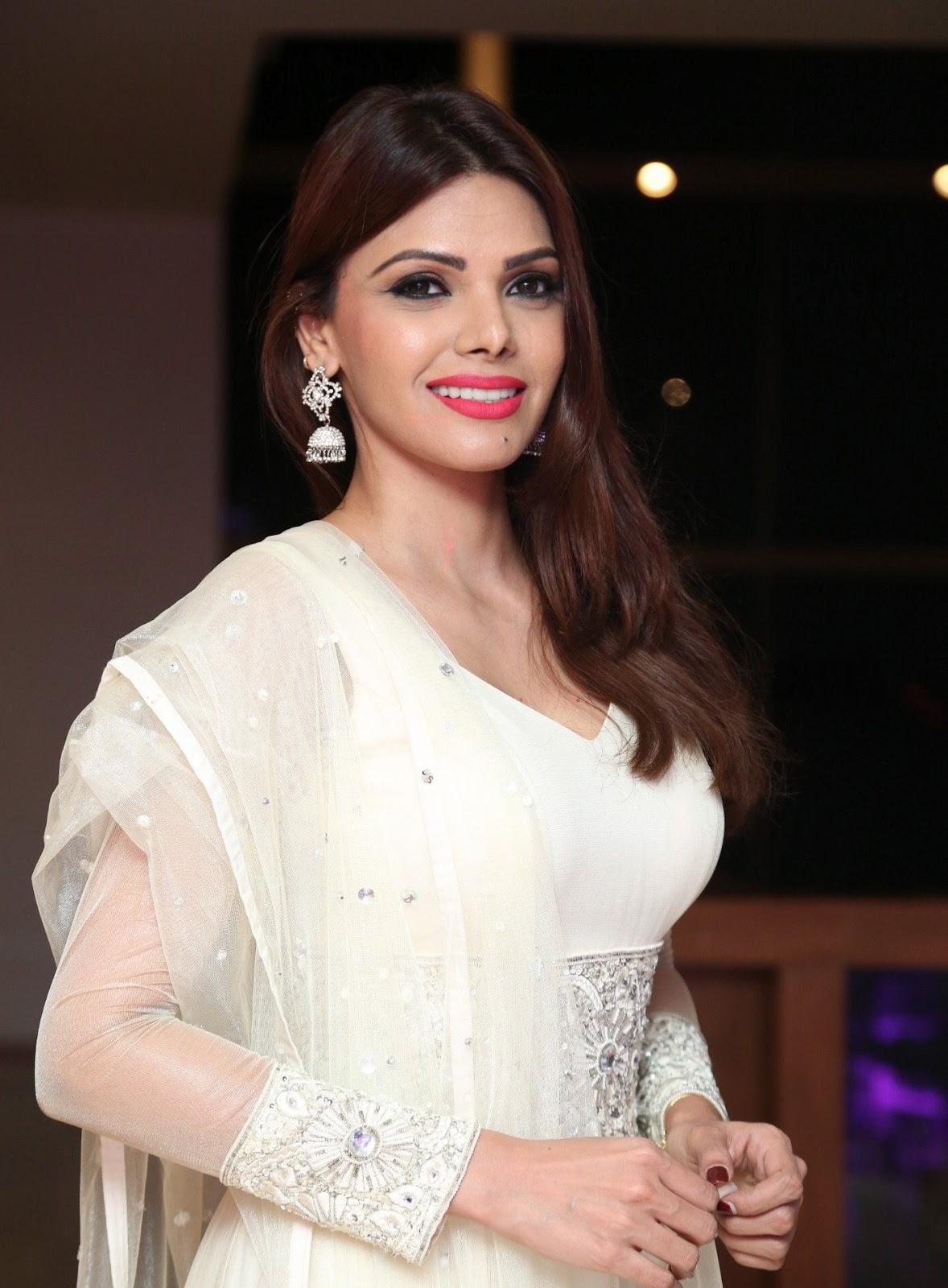 Sherlyn Chopra Looks Super Hot In White Dress At Dj Inayah -2847
