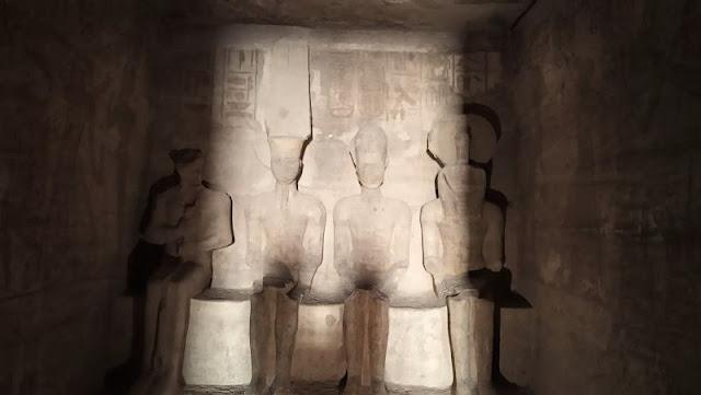 il Santuario nel grande tempio di abu simbel