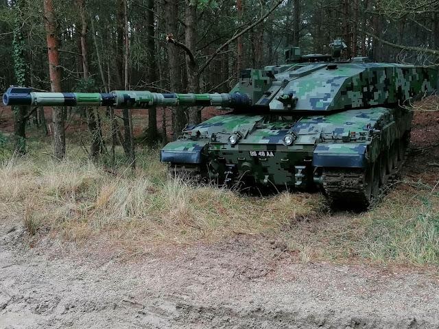 Tank của Anh nguỵ trang