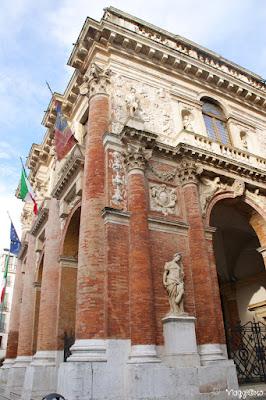 Scorcio della Loggia del Capitaniato di Vicenza