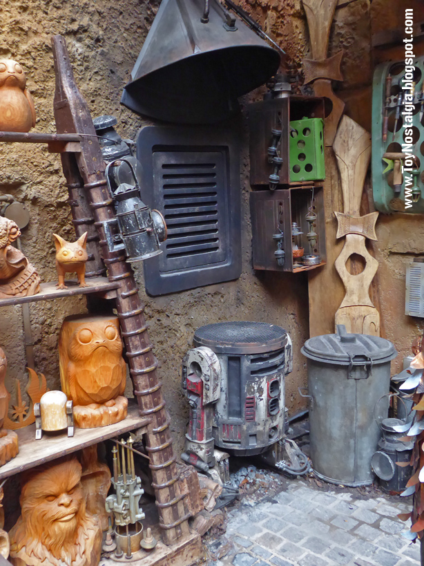"forja y carpintería The Black Spire Outpost Marketplace""  STAR WARS: Galaxy's Edge"