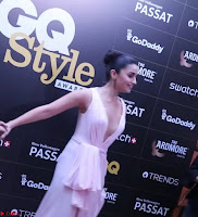 Alia Bhatt looks beautiful stunning in a Light Pink Deep neck Gown ~  Exclusive 032.jpg