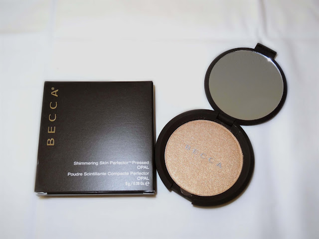 Becca Shimmering Skin Perferctor pressed Highlighter - Opal