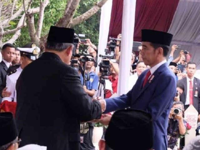 Upacara Militer Hantarkan Pemakaman Ani Yudhoyono di TMP Kalibata