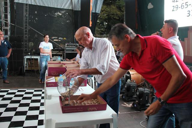 Roncadorense foi premiada no 5º Show de Prêmios da Santa Casa