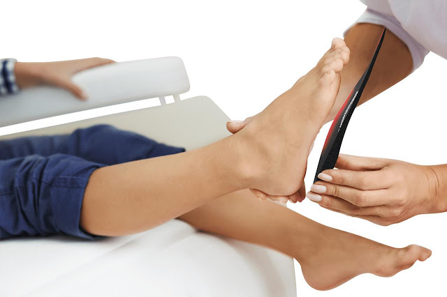 How To Reduce Foot Pain: Tips & Tricks
