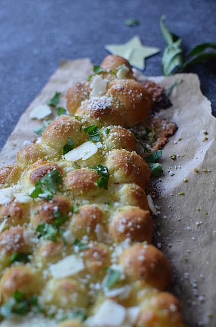 Sapin cheese balls mozzarella et pesto {Noël}
