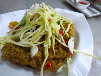 Diandin Leluk, deep fried catfish