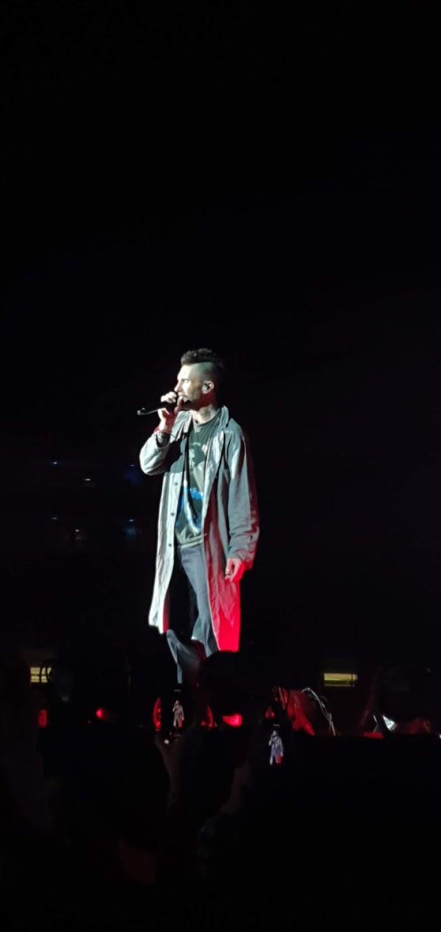 Maroon 5 faz show carismático, descontraído e cheio de hits em São Paulo