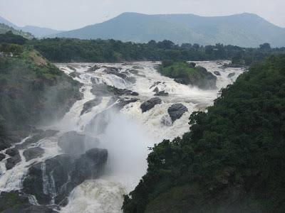 Shivanasamudra Falls Best tourist attraction In bangalore